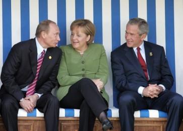 Angela+Merkel+Vladimir+Putin+Year+Focus+2007+YU3Kk7utavVl