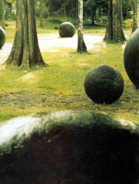 costa-rica-spheres2